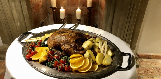 Golden duck: court feast with overnight stay (1 or 2 nights)